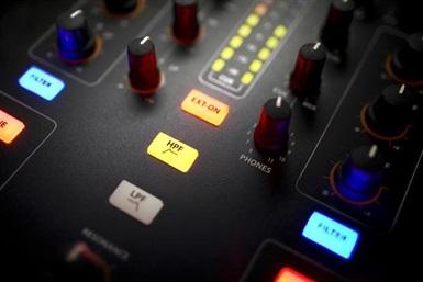 A&H XONE:23C 2 into 2 Club & DJ mixer Med Lydkort