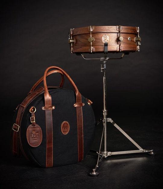 A&F 4x14 Walnut Club Snare, Walnut Hoop